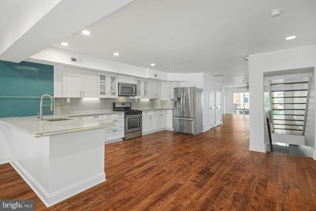 3 Bedrooms, Center City East Rental in Philadelphia, PA for $2,995 - Photo 1