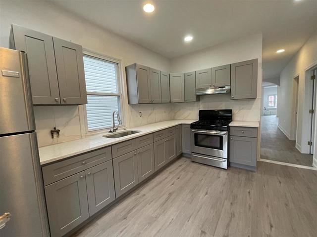 2 Bedrooms, Bergen - Lafayette Rental in NYC for $1,900 - Photo 1
