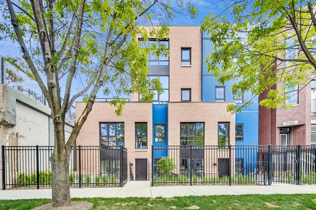 2 Bedrooms, Logan Square Rental in Chicago, IL for $3,852 - Photo 1