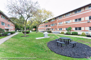 2 Bedrooms, Wheeling Rental in Chicago, IL for $1,600 - Photo 1