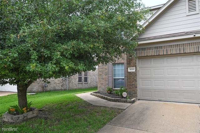 5 Bedrooms, Lake Ridge Rental in Houston for $1,800 - Photo 1