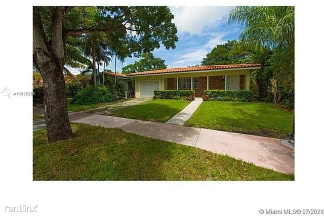 4 Bedrooms, Coral Gables Section Rental in Miami, FL for $3,200 - Photo 1