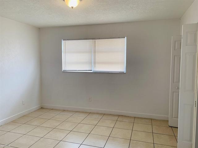 2 Bedrooms, North Miami Beach Rental in Miami, FL for $1,550 - Photo 1