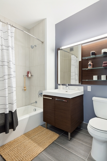 1 Bedroom, Long Island City Rental in NYC for $5,720 - Photo 1