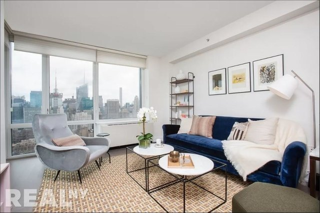 2 Bedrooms, Chelsea Rental in NYC for $7,104 - Photo 1