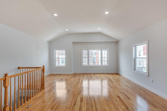 3 Bedrooms, The Heights Rental in NYC for $3,100 - Photo 1