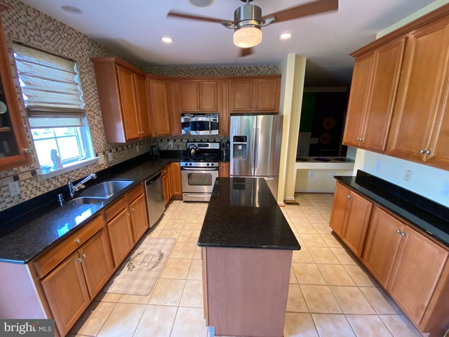 4 Bedrooms, Severn Rental in Baltimore, MD for $3,000 - Photo 1