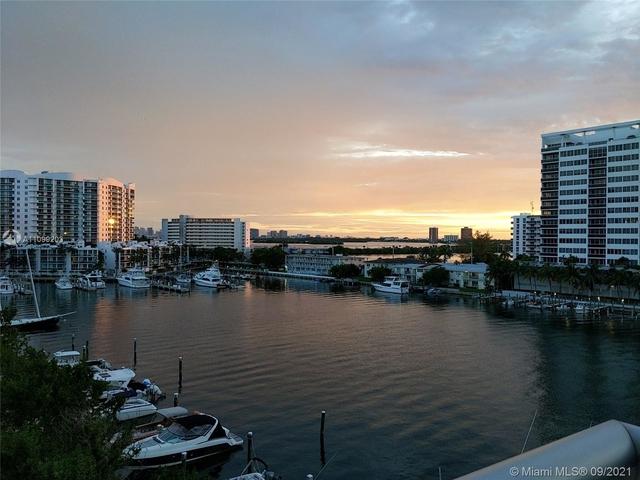 2 Bedrooms, Harbor Island Rental in Miami, FL for $3,700 - Photo 1