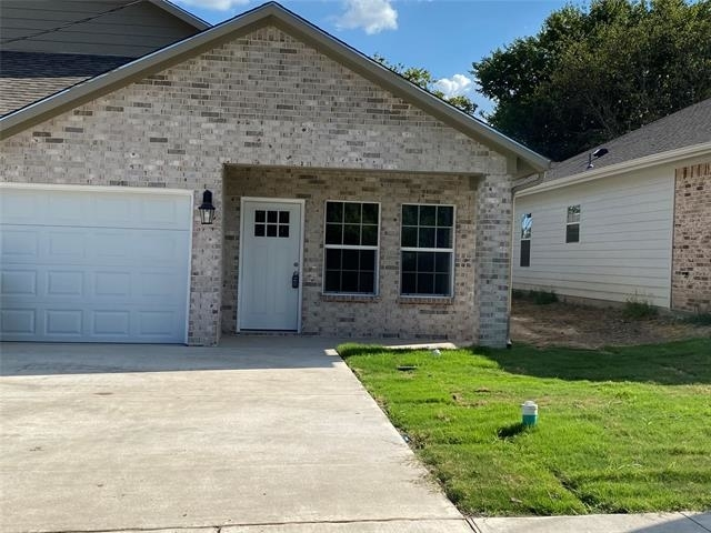 3 Bedrooms, Greenville Rental in  for $1,475 - Photo 1