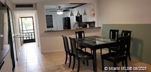2 Bedrooms, Ojus Rental in Miami, FL for $1,800 - Photo 1