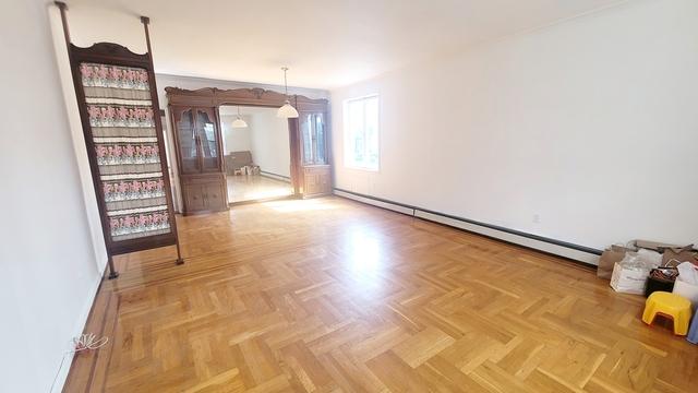 3 Bedrooms, Bensonhurst Rental in NYC for $2,700 - Photo 1