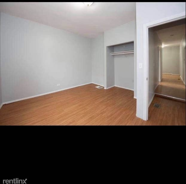 2 Bedrooms, South Waukegan Rental in Chicago, IL for $1,200 - Photo 1