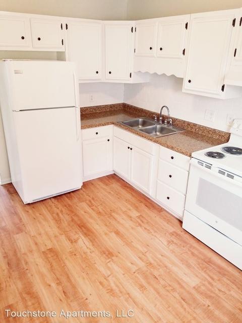 2 Bedrooms, Hudson Rental in  for $1,495 - Photo 1