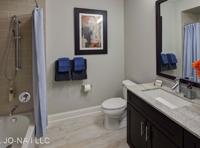 3 Bedrooms, Englewood Rental in Chicago, IL for $1,350 - Photo 1