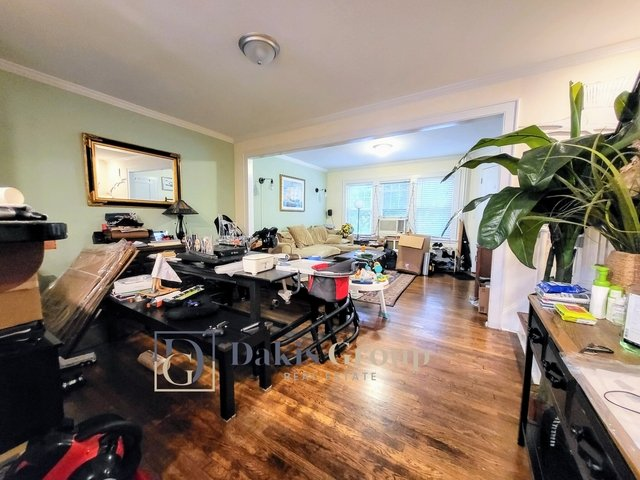 2 Bedrooms, Steinway Rental in NYC for $3,900 - Photo 1