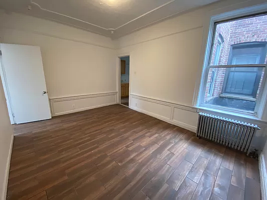 2 Bedrooms, East Flatbush Rental in NYC for $1,250 - Photo 1