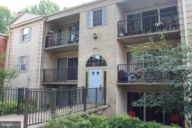 2 Bedrooms, Woodley Gardens West End Rental in Washington, DC for $1,800 - Photo 1