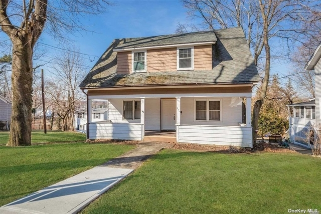 2 Bedrooms, Northport Rental in Long Island, NY for $3,900 - Photo 1