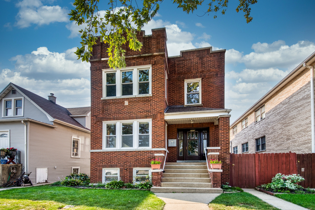 2 Bedrooms, Jefferson Park Rental in Chicago, IL for $1,475 - Photo 1