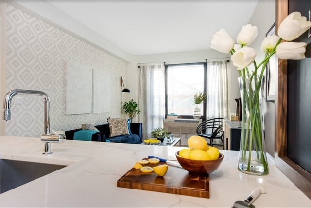 1 Bedroom, Greenwood Heights Rental in NYC for $3,175 - Photo 1