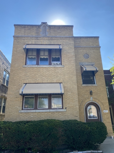 2 Bedrooms, Mayfair Rental in Chicago, IL for $1,600 - Photo 1