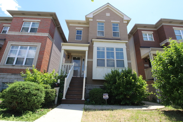 4 Bedrooms, Lawndale Rental in Chicago, IL for $3,850 - Photo 1