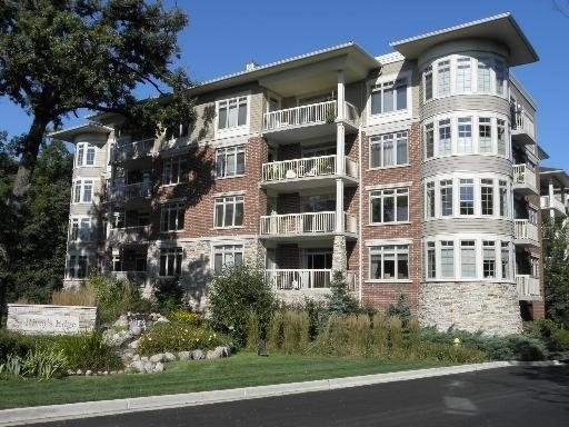 2 Bedrooms, Vernon Rental in Chicago, IL for $2,275 - Photo 1