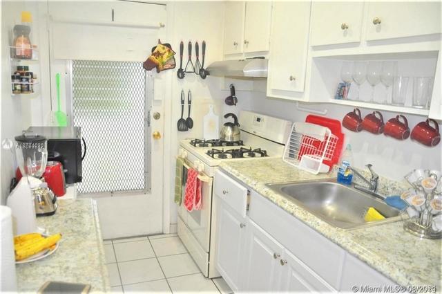 1 Bedroom, Ro-Mont South Condominiums Rental in Miami, FL for $1,250 - Photo 1