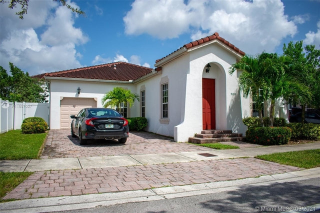 3 Bedrooms, Kendall Commons Rental in Miami, FL for $3,500 - Photo 1