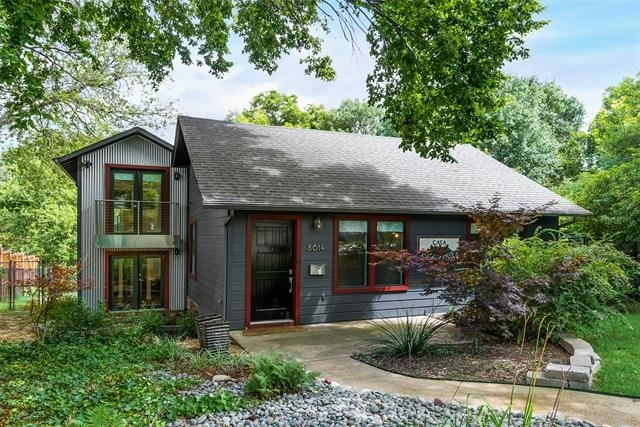 2 Bedrooms, Little Forest Hills Rental in Dallas for $3,295 - Photo 1