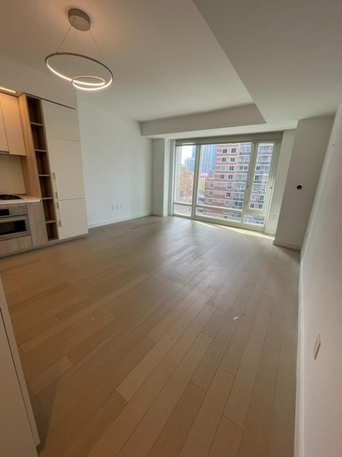 1 Bedroom, Hell's Kitchen Rental in NYC for $4,750 - Photo 1