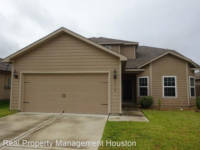 4 Bedrooms, Brookshire Rental in Houston for $1,795 - Photo 1