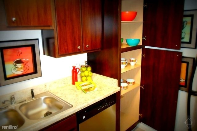 2 Bedrooms, Willowbrook Rental in Houston for $1,045 - Photo 1