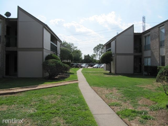 2 Bedrooms, Alief Rental in Houston for $1,130 - Photo 1