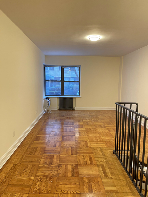 3 Bedrooms, Turtle Bay Rental in NYC for $4,850 - Photo 1