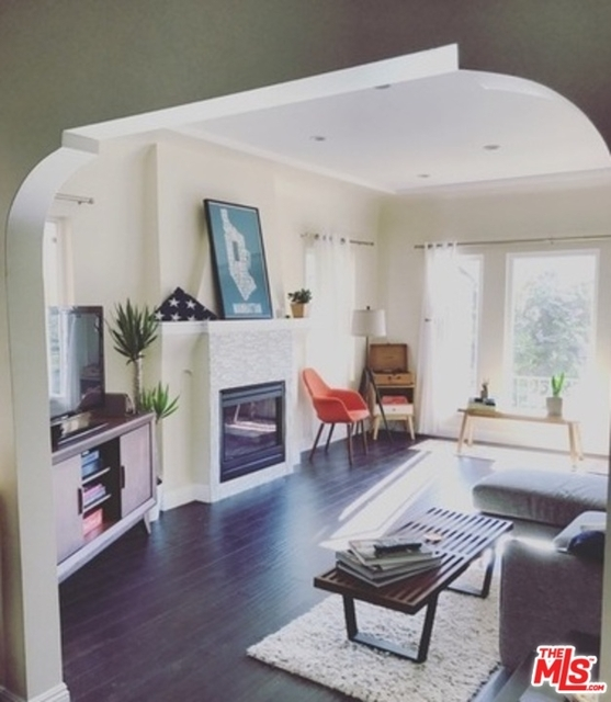 2 Bedrooms, Mid-City West Rental in Los Angeles, CA for $3,350 - Photo 1