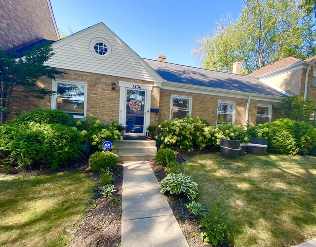 2 Bedrooms, Evanston Rental in Chicago, IL for $1,550 - Photo 1