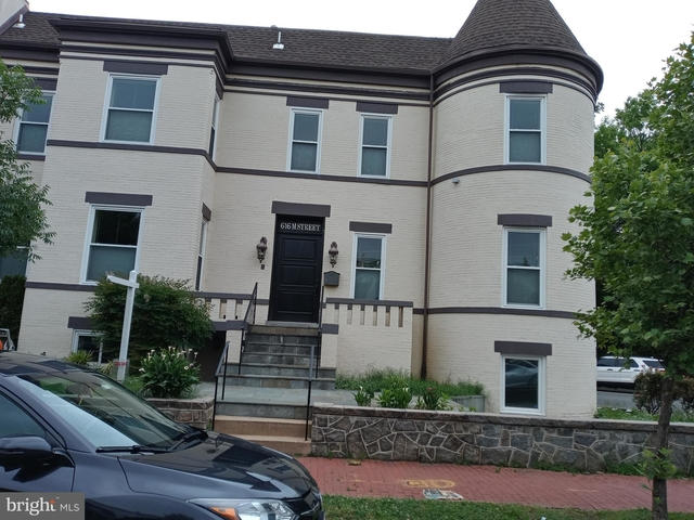 2 Bedrooms, Near Northeast Rental in Baltimore, MD for $1,850 - Photo 1