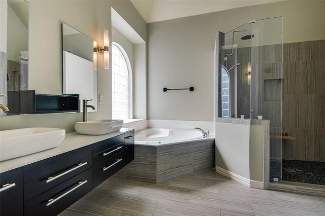 3 Bedrooms, University Park Rental in Dallas for $3,295 - Photo 1