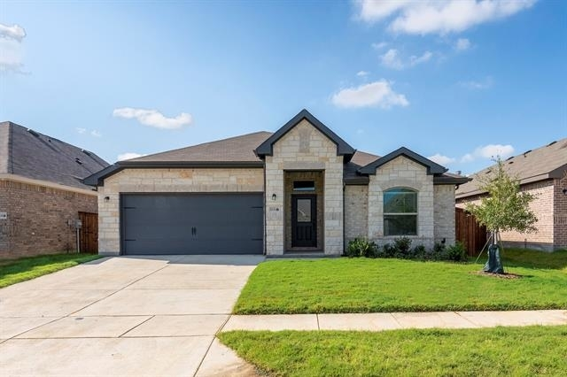 4 Bedrooms, Pilot Point-Aubrey Rental in Little Elm, TX for $2,595 - Photo 1