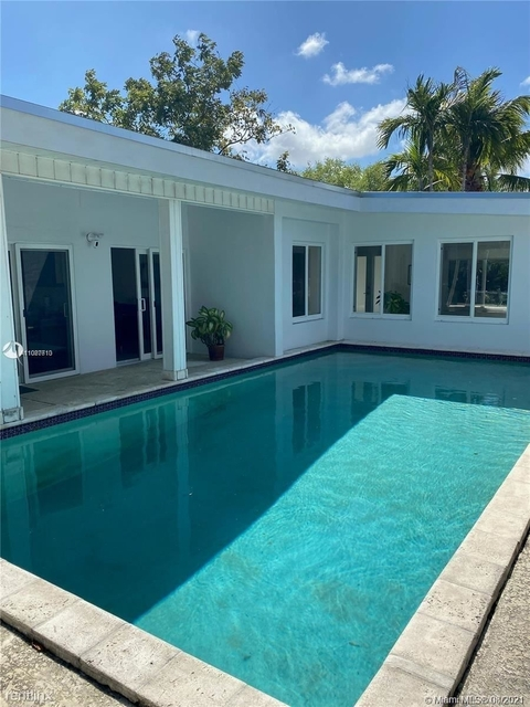 4 Bedrooms, Cambria Heights Rental in Miami, FL for $4,350 - Photo 1