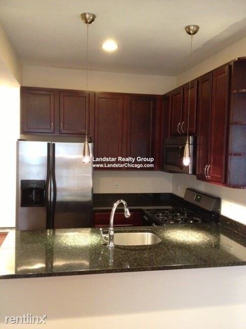 2 Bedrooms, Albany Park Rental in Chicago, IL for $1,315 - Photo 1