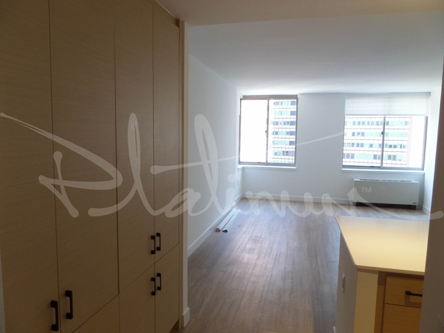 2 Bedrooms, Financial District Rental in NYC for $5,380 - Photo 1