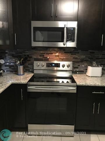 2 Bedrooms, Davie Rental in Miami, FL for $1,750 - Photo 1