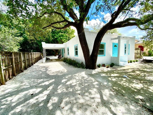 3 Bedrooms, West Biscayne Rental in Miami, FL for $2,699 - Photo 1