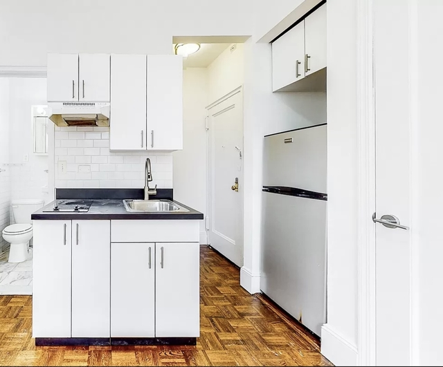 Studio, Turtle Bay Rental in NYC for $2,075 - Photo 1