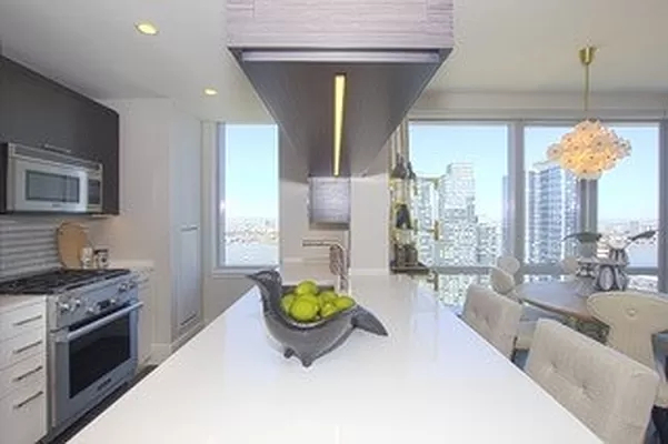 2 Bedrooms, Upper West Side Rental in NYC for $6,646 - Photo 1