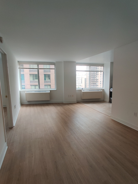 1 Bedroom, Lincoln Square Rental in NYC for $4,021 - Photo 1