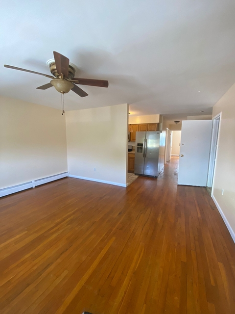 3 Bedrooms, Unionport Rental in NYC for $2,400 - Photo 1