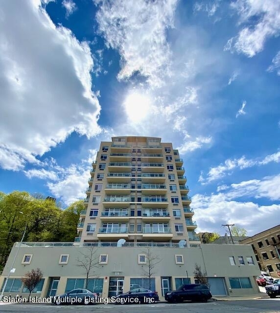 2 Bedrooms, St. George Rental in NYC for $3,600 - Photo 1